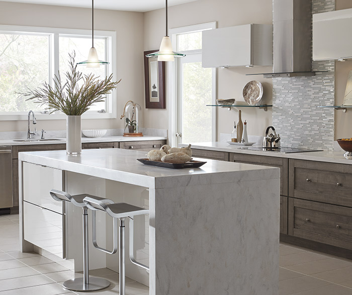 Gloss White Kitchen Cabinets: Basden TrueColor Elk
