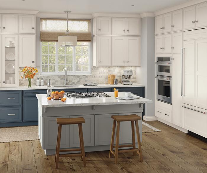 Merveilleux ... Delta Casual Kitchen Maple ...