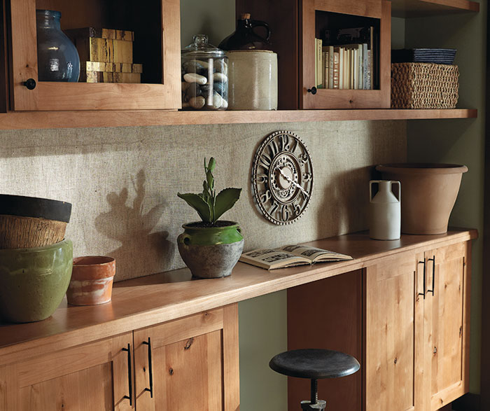 Lowe S Knotty Pine Cabinets: Gresham Rustic Alder Sahara