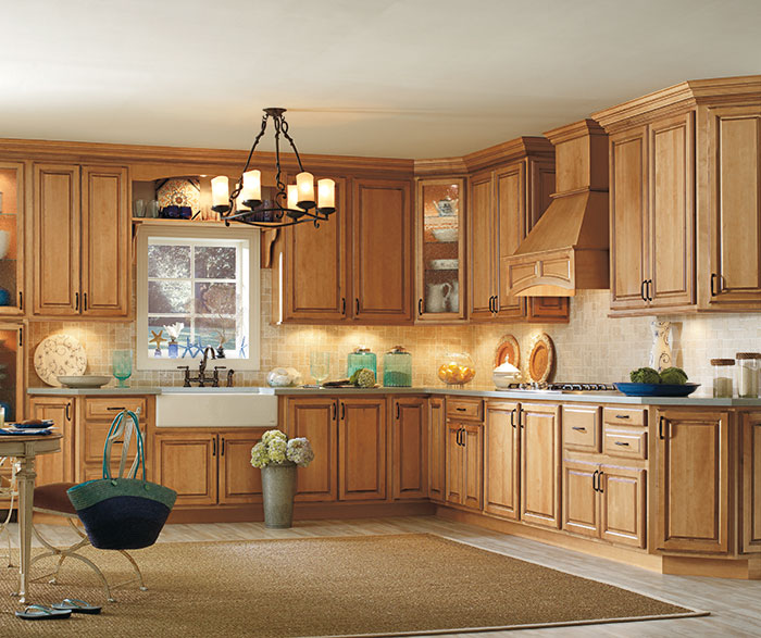 Traditional Kitchen Maple Palomino Artisan Glazing K2